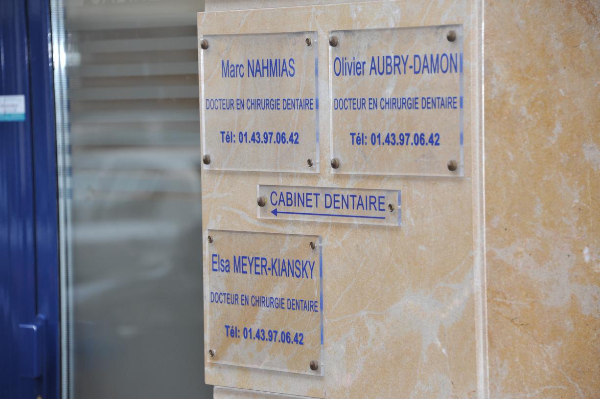 le cabinet dentaire saint maur des foss s 94100 dentiste cabinet dentaire saint maur 94. Black Bedroom Furniture Sets. Home Design Ideas